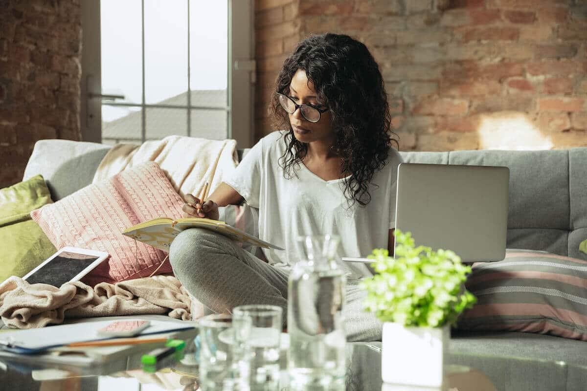 Astuces Télétravail : faire des pauses et communiquer