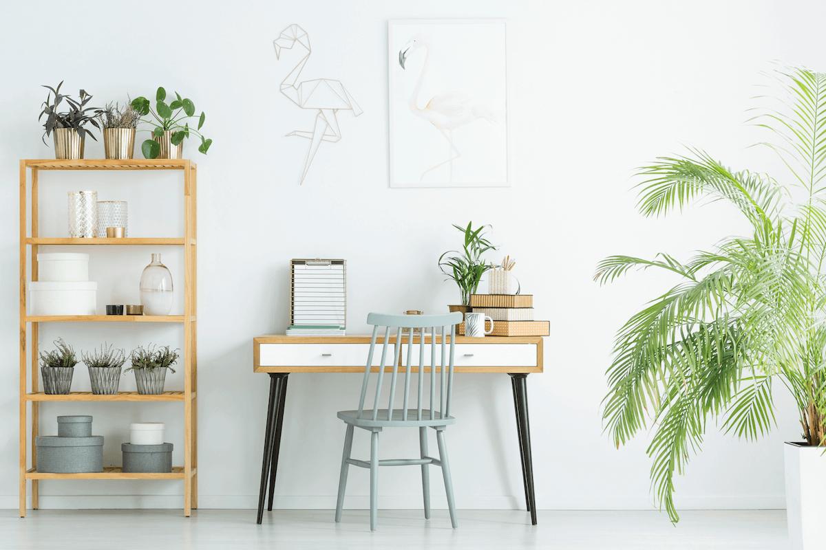 bureau à la maison pour travail à domicile ou télétravail