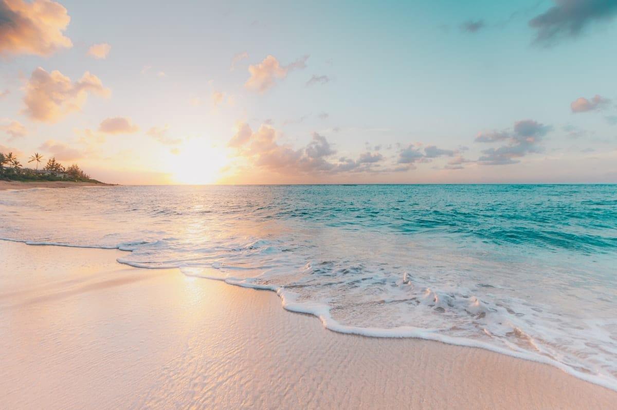 TOP 3 des choses à faire en été : admirer le coucher de soleil