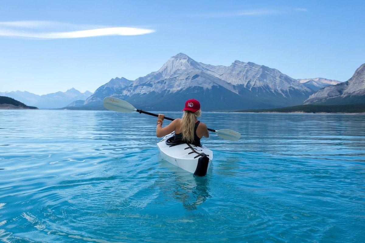 Chose à faire à la montagne cet été : le kayak
