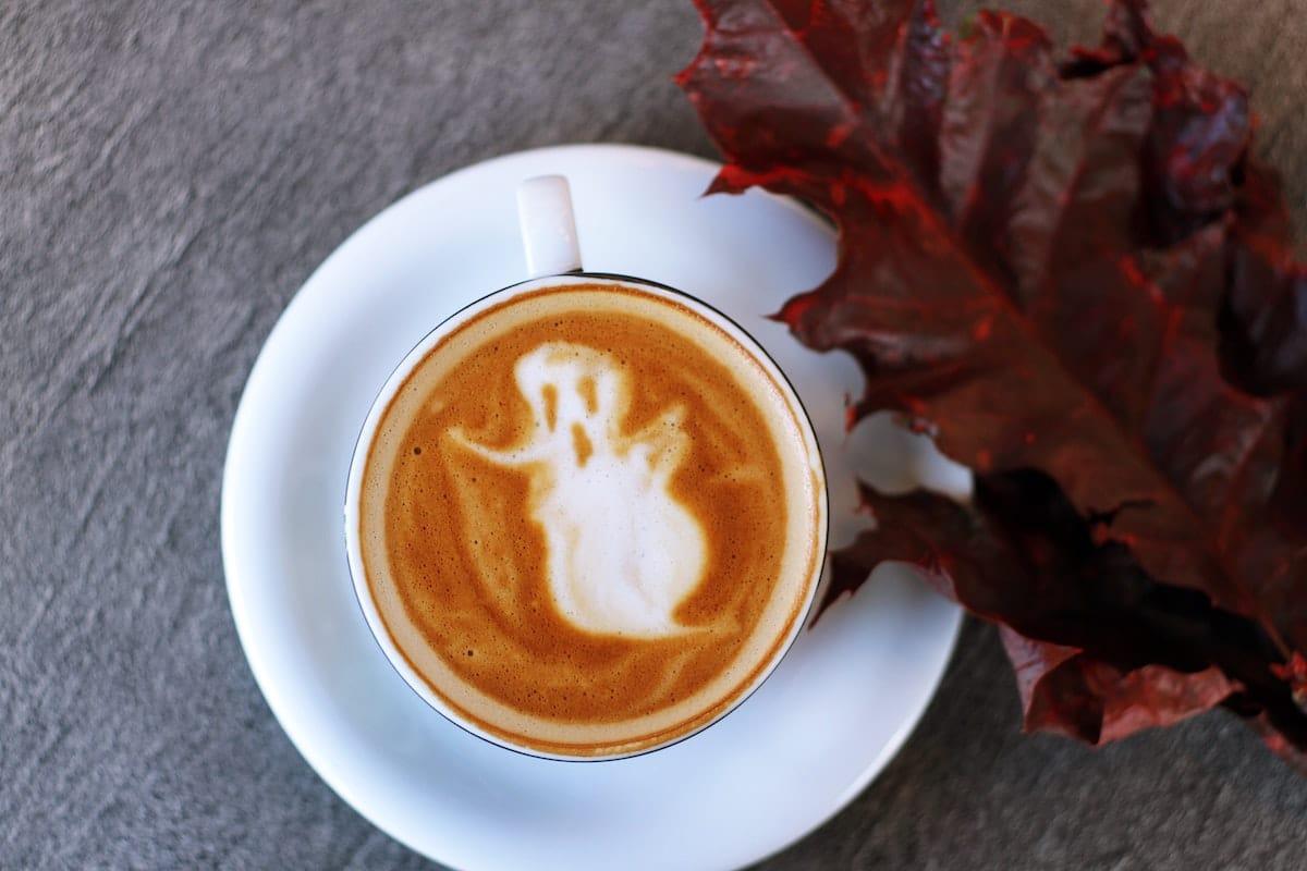 Faire un chocolat chaud spécial halloween en octobre